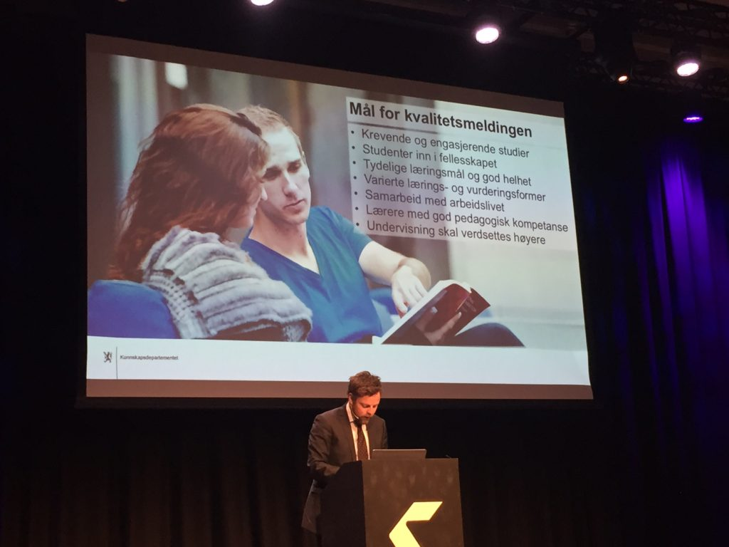 Kunnskapsminister Torbjørn Røe Isaksen presenterer målene for Kvalitetsmeldingen