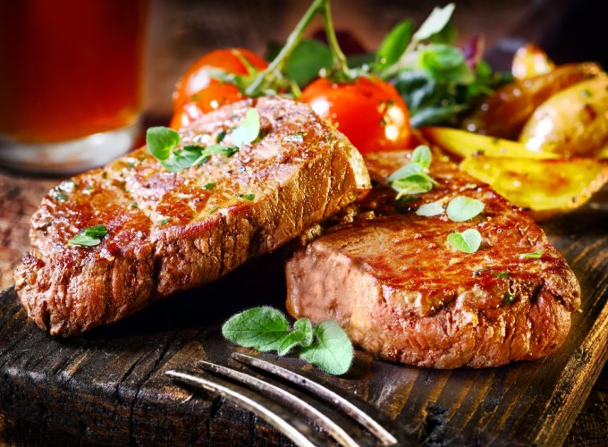 Eating red meat and processed meat - what do the scientists say?